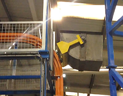 Amber Install Overhead Solution for Moving Rubber